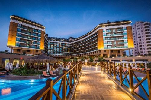 Zalig warme herfstzon in all-inclusive 5* hotel te Antalya. Incl. vluchten