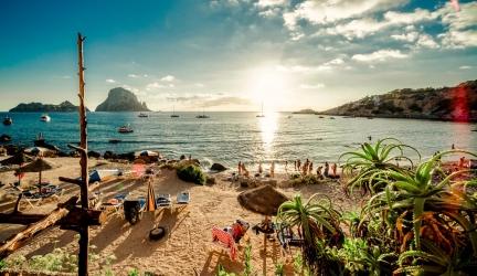 8 dagen feesten op Ibiza in juli