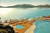 WAAUW! Heerlijk zomeren in dit prachtige resort op Kreta. Incl. halfpension en vluchten 💙