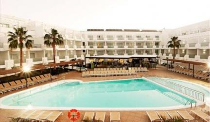 Winterzon in Lanzarote, halfpension incl. vluchten enal!
