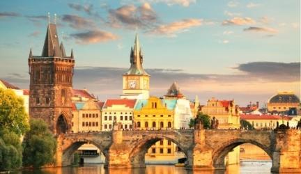 Goedkope citytrip in het hartje van Praag in 4* hotel. Incl. vluchten en fles wijn